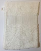 Washandje gebrooken wit