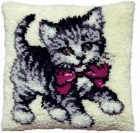 knoopkussen lief katje met rode strik 40 x 40 cm